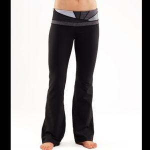 LULULEMON Groove Coal Wee Stripe Yoga Pant